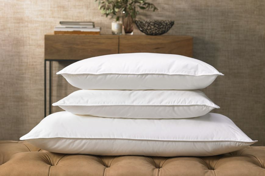 Down alternative hypo allergenic pillow