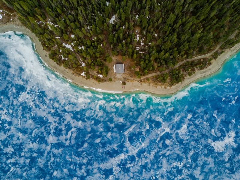 Beach bedroom interior design tips and ideas